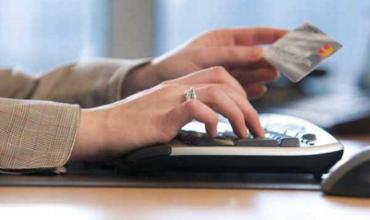 Получение денег в долг на карту или наличными