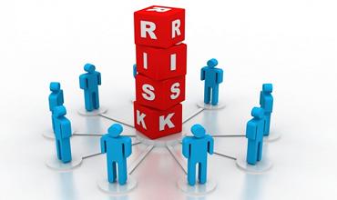 Основные опасности и риски микрофинансирования