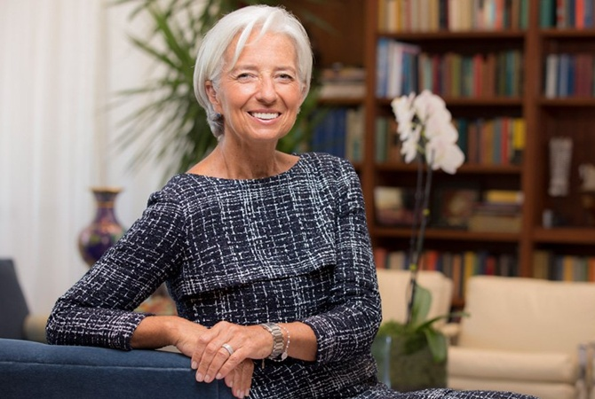 Глава ЕЦБ предупредила об угрозе экономического кризиса