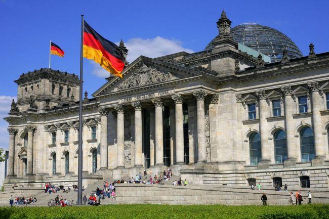 Министр экономики Германии допустил национализацию компаний из-за вируса