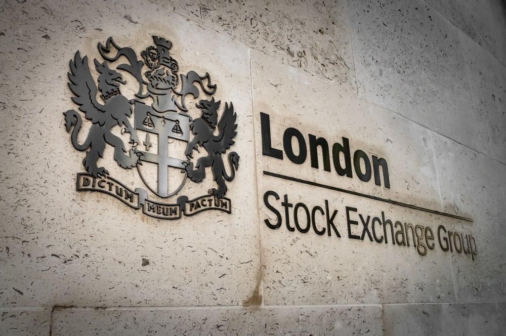Индекс Лондонской фондовой биржи продемонстрировал крупнейшее падение за 33 года