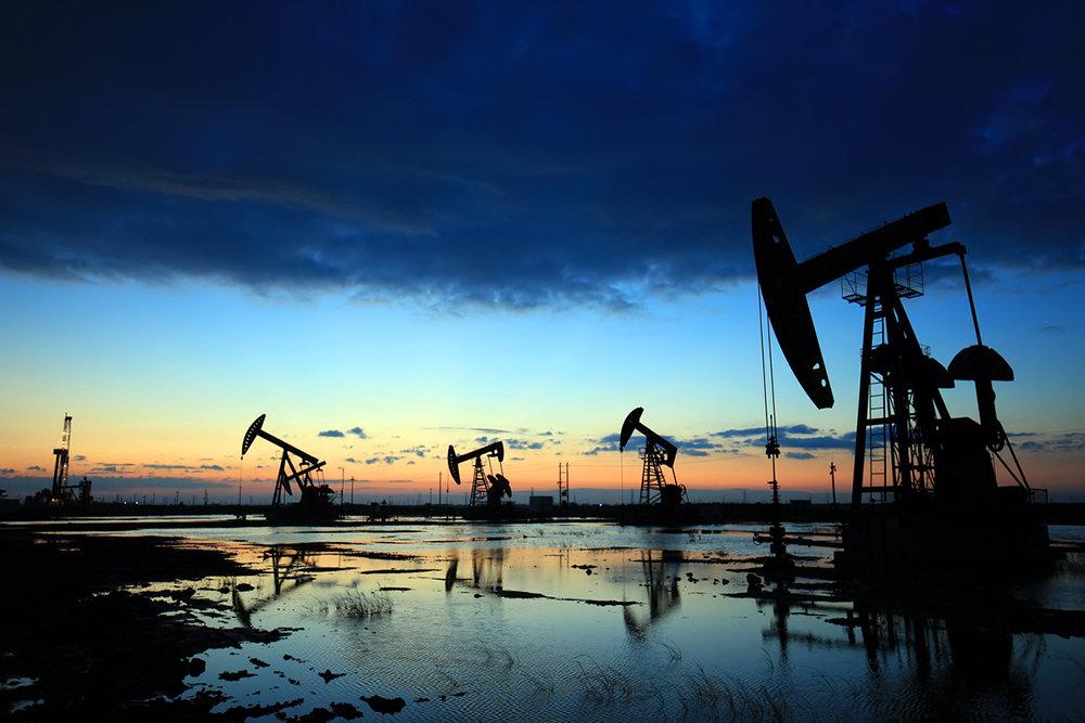 Fitch: рынку нефти потребуется два-три года, чтобы оправиться от падения